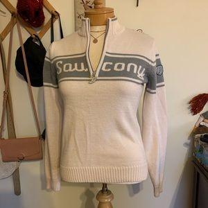 NWOT Saucony sweater